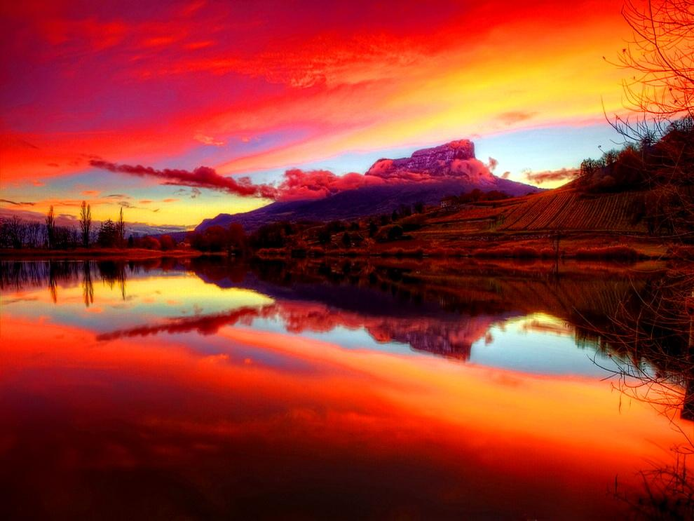 red sky reflection