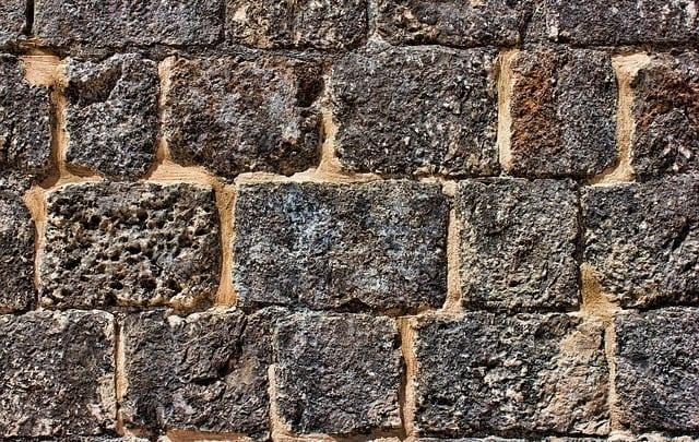 wall-823602_640