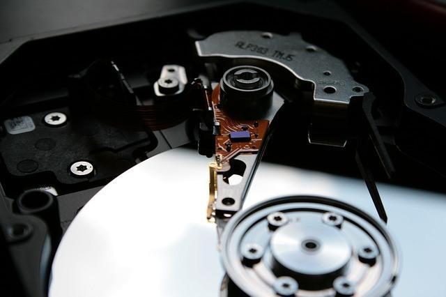 hard-drive-249412_640